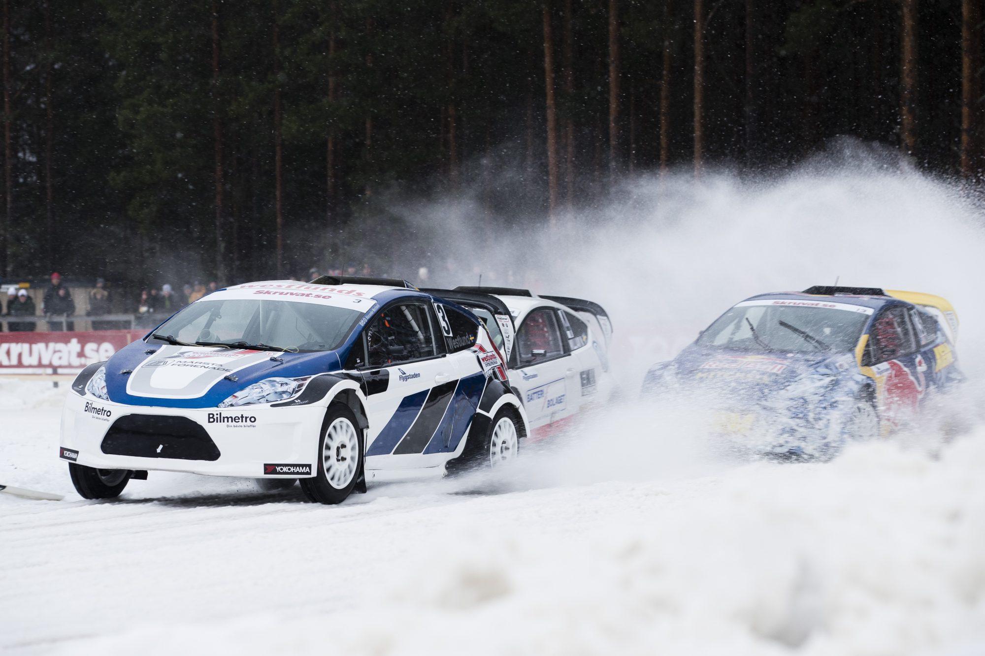 Alexander Westlund, William Nilsson och Mitchell De Jong tävlar i rallycross under dag sex av SM-veckan den 5 februari 2016 i Söderhamn.