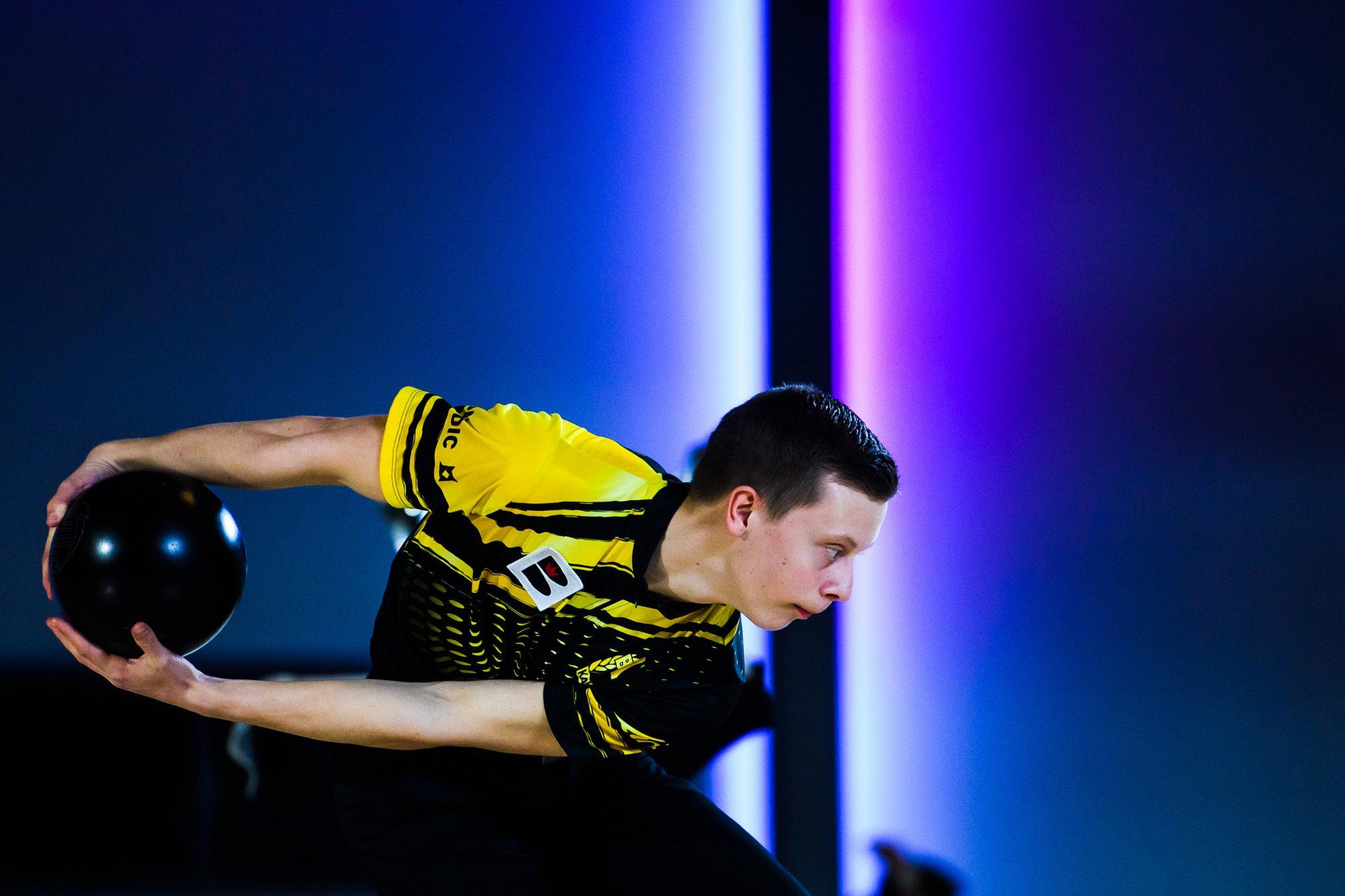 William Svensson, BK Kaskad, tävlar i bowling