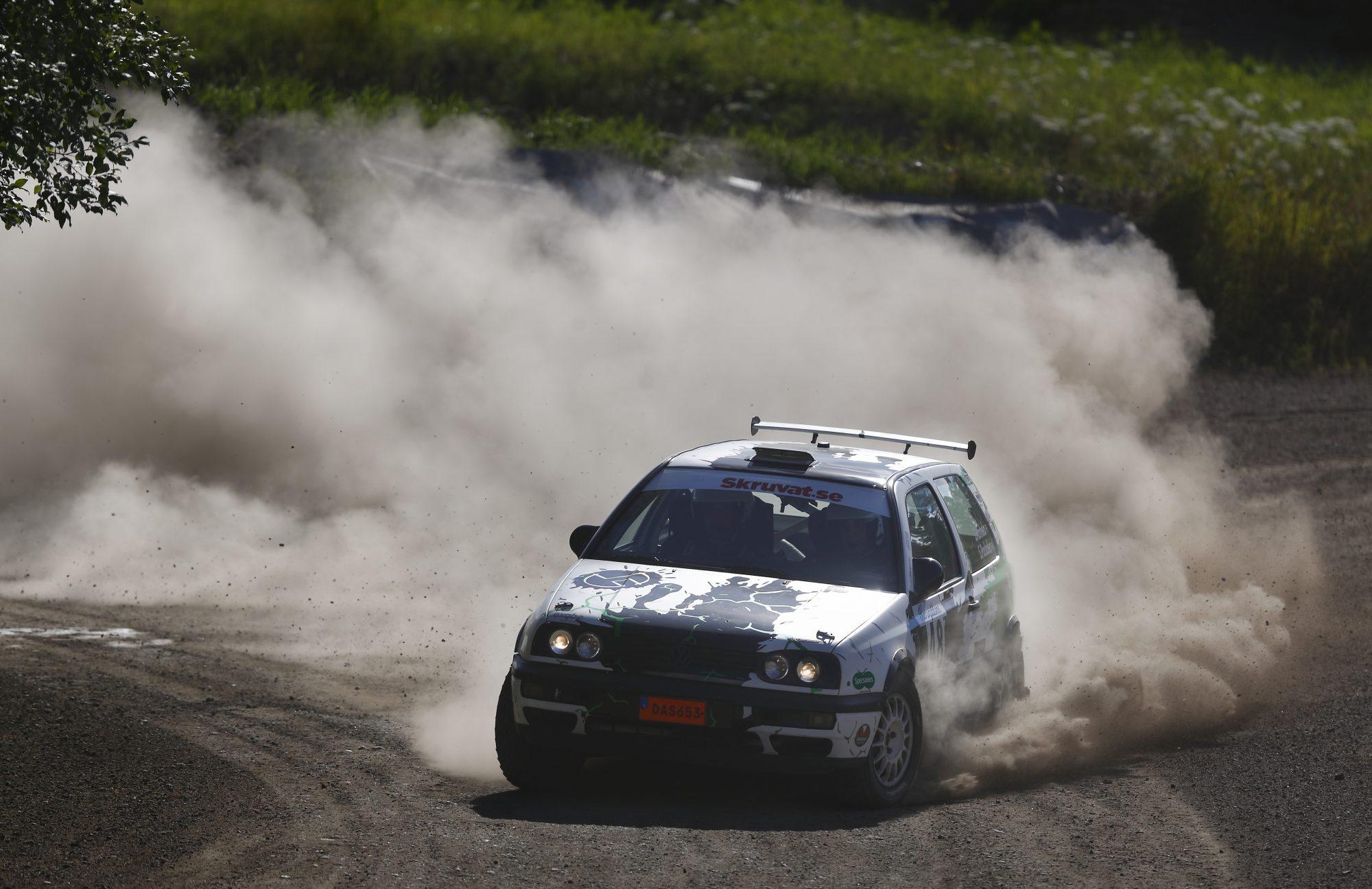 Richard Hartzell och Gustav Hartzell i klassen Rally Sprint 2wd under dag 7 av SM-veckan den 12 juli 2016 i Norrköping.